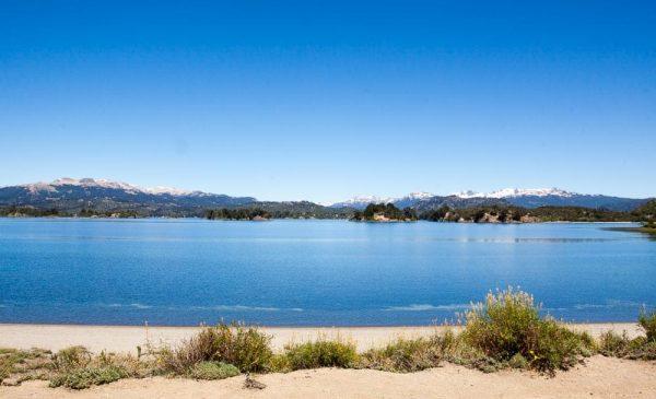 Lago Aluminé, Nequen, Argentina